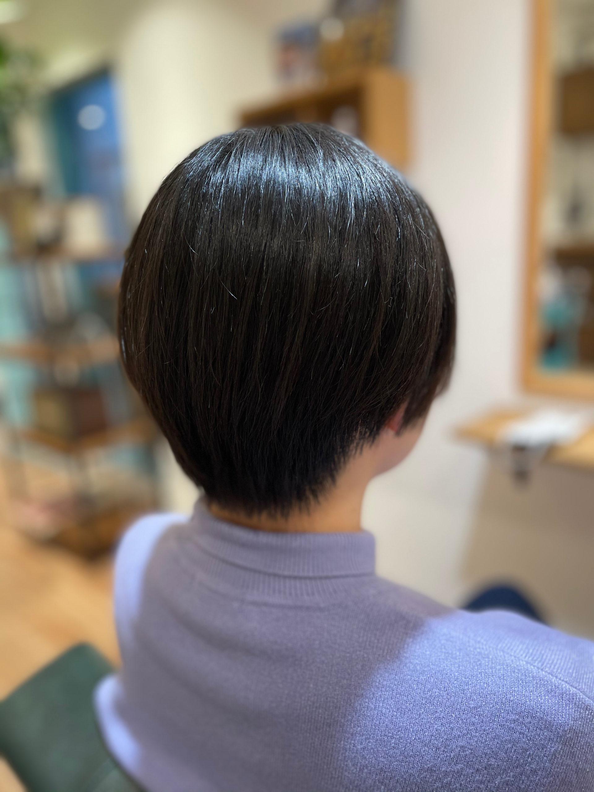 切り 方 襟足 ショートのセルフカットのやり方は?女性の前髪・後ろ髪&襟足の切り方